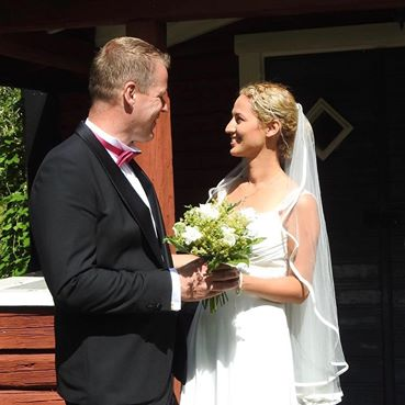 Aideen Strandsson, 37, married Cai Berger on 10 July. (Photo: Aideen Strandsson, Facebook)